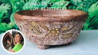 DIY - VASO DE CIMENTO E ISOPOR DECORADO COM BIJUTERIAS