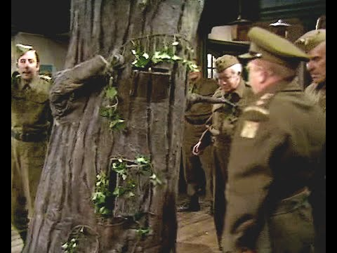 Dad's Army - Don't Forget the Diver - NL Ondertiteld - 'Stand easy Jones...'