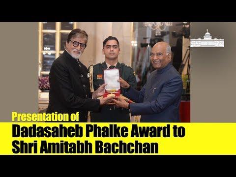 President Kovind presents Dadasaheb Phalke Award to Shri Amitabh Bachchan at Rashtrapati Bhavan