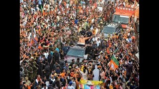 Thousands gather for PM Modi in Varanasi, hint of huge win?
