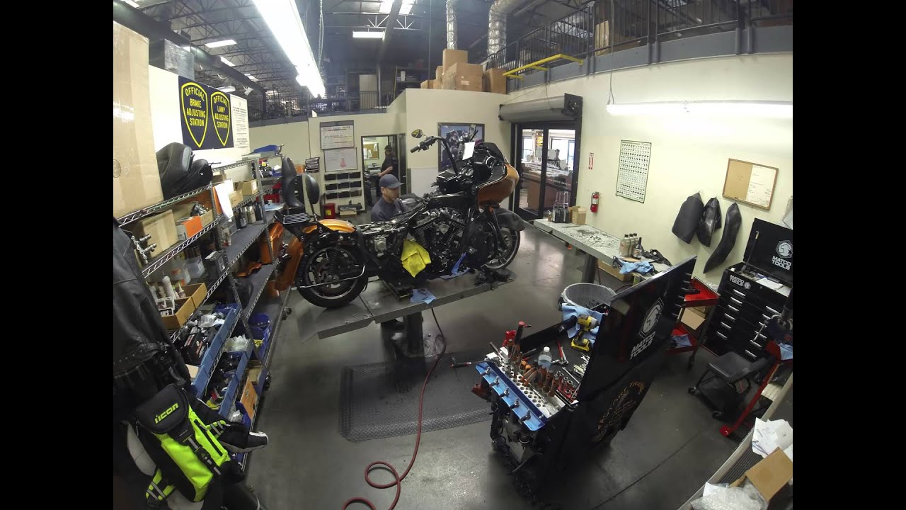 Harley-Davidson Stage 5 Tire Shredder Kit Install Time Lapse