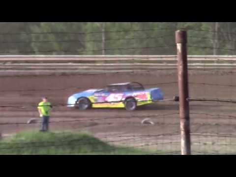 Hummingbird Speedway (6-8-19): Sunny 106.5 FM Pure Stock Heat Race #1