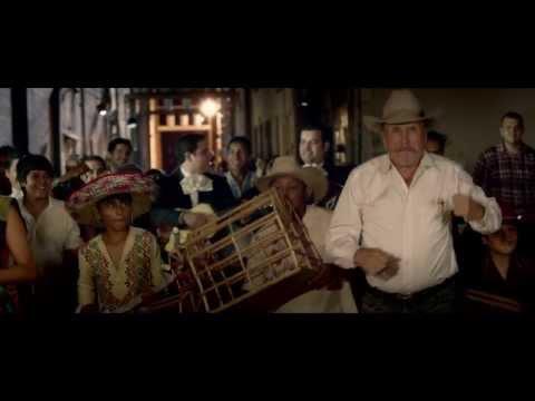 """Videoclip """"Aquí Sigo"""", Julieta Venegas y Emilio Aragón"""