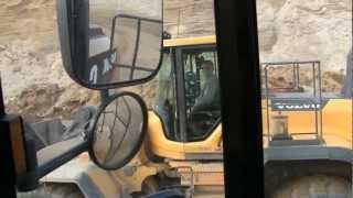 Cat 980K vs Volvo L220G UpHill Battle: First Too The Top