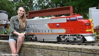 """Review: 1.6"""" Scale F-Unit Diesel Locomotive"""