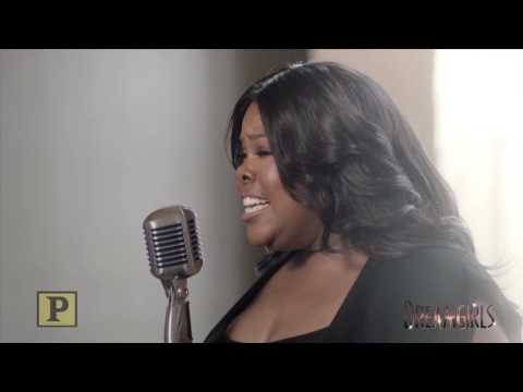 "Watch Amber Riley Preview the West End Production of ""Dreamgirls"" With ""I Am Changing"""
