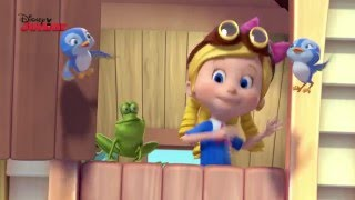 Goldie & Bear | The Perfect Gift Song | Disney Junior UK