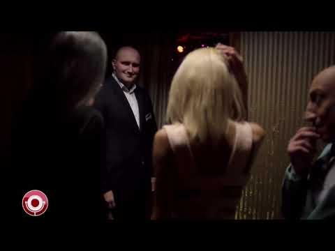 Серж Горелый пытается войти в ночной клуб 10 минут