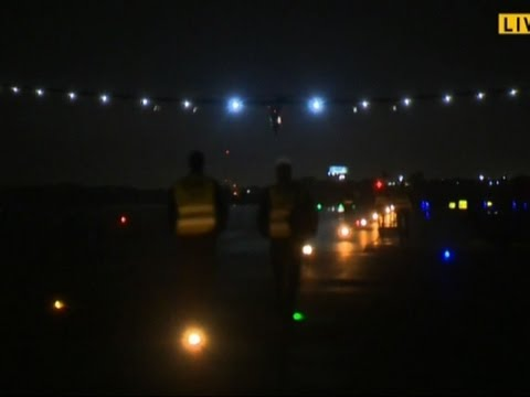 Raw: Solar Plane Lands in Oklahoma