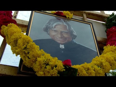 A.P.J. Abdul Kalam Dies at 83 After Cardiac Arrest - Madras University Student Silent March
