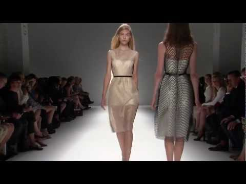 Calvin Klein collection women's spring 2013 runway show