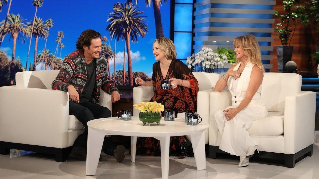 'Splitting Up Together' Star Oliver Hudson Surprises Mom Goldie Hawn
