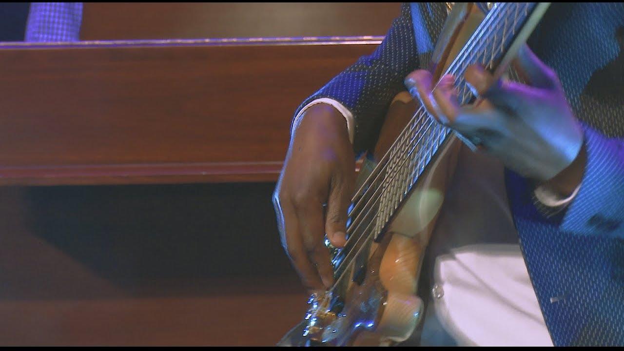 Bheka Mthethwa - Gelekeqe featuring SKEEL