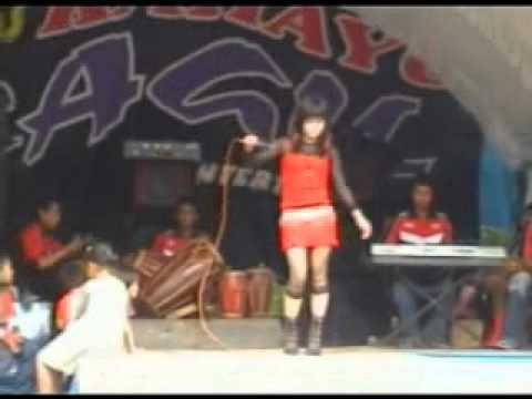 Kabogoh Jauh Santi Santika) RAGIL 979