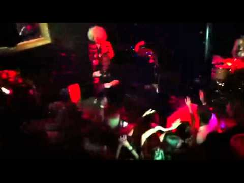 Suprise B-Day Guest:  Naughty by Nature @ Red Devil Lounge
