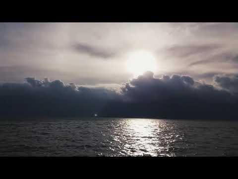 Sementara - Float (cover by Luthfi Aulia) [edit]