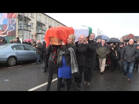 Gerry Adams and Michelle O'Neill pay tribute to Martin McGuinness