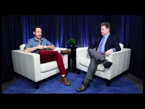 "Show People With Paul Wontorek Interview: Santino Fontana on ""Act One,"" ""Frozen"" & More"