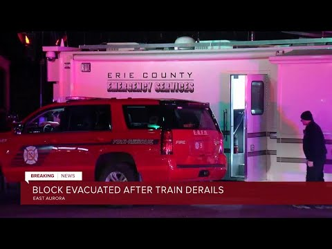 Over 40 Homes Evacuated As Train Derails In East Aurora