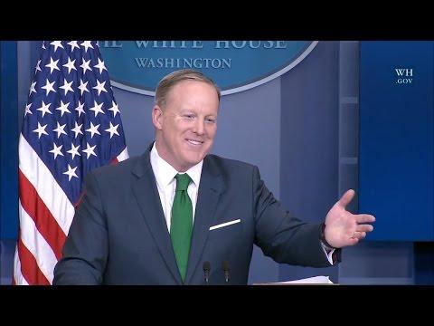 Sean Spicer schools CNN's Jim Acosta on Trump Wiretapping Investigation