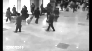 لحظة انفجار القنبلتين مطار بلجيكا حصري