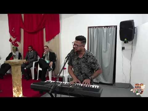 Cantor Rodney Santos na Assembleia de Deus Ministério Plantar Jacarezinho em São João Nepomuceno MG