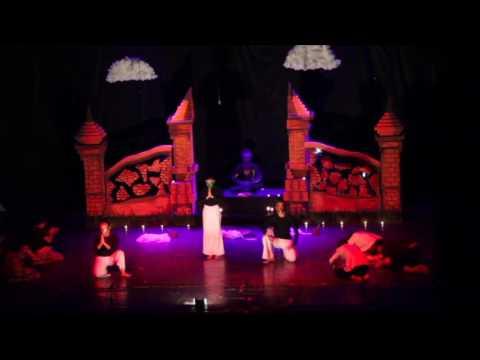"""Drama Musikal """"Ratap Bumi"""" oleh Sanggar Kesenian APAKAH FHUGM (1/5)"""