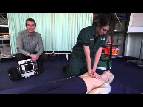 How to perform CPR (cardiopulmonary resuscitation)