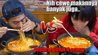 Battle MUKBANG lawan CEWE ft Mgdalenaf | Review BANANA NUGGET terenak