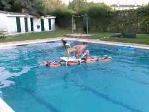 Dia en la piscina villalba 2007 bns crew youtube for Piscina villalba