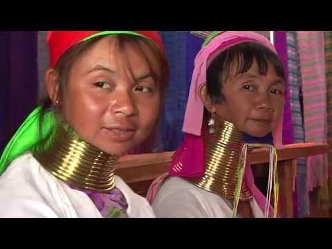 Frauen mit Halsringen -Girafenfrauen in Myanmar