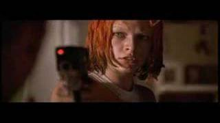 Fifth Element Short Clip - Dallas & Leeloo First Kiss