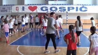 Škola košarkašica © Marko Čuljat www.like-novine.hr Lička televizija Gospić LTVG