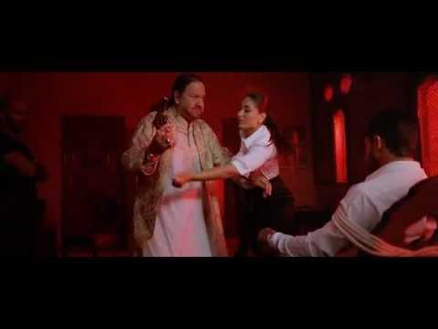 Kareena Kapoor Boob Press thumbnail