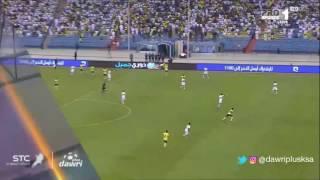إصابة ياسر المسيليم في مباراة الاهلي ضد النصر في الجولة 6 من دوري جميل