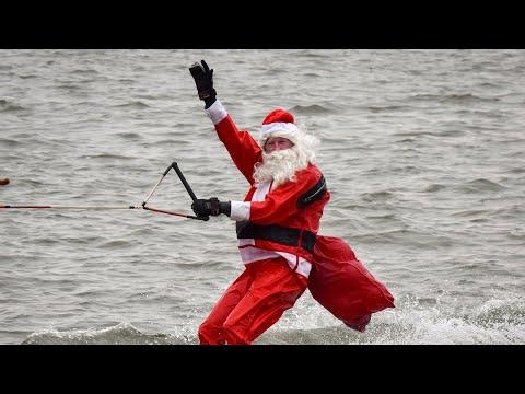Watch live: Santa and his elves waterski near Washington, D.C.
