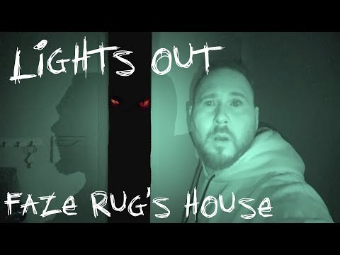 LIGHTS OUT CHALLENGE IN FAZE RUG'S HAUNTED HOUSE | OmarGoshTV