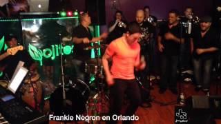 Frankie Negron - comerte a Besos en vivo
