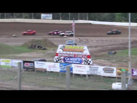 Eagle Valley Speedway Hornet Heat 1 (part 2) Aug. 17, 2014