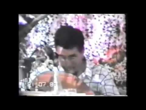 "ezzahi video (fete) en 1988 interprete ""reghbou fia hlal 3idi"""