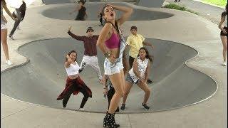 Cindy Gomez - Adicta Al Amor (Official Video) YouTube Videos