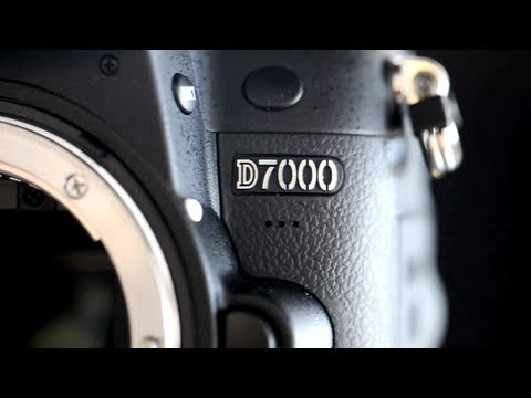 Nikon D7000 Hands On Review