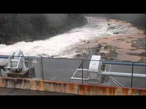 Spillway opens at Lake Murray Dam due to 10-4-15 flood (4:50)
