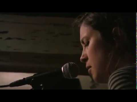 Missy Higgins Full Live at Oake on the Water