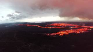 ICELAND: LAND OF FIRE - Bardarbunga volcano eruption (DJI Phantom 2 drone flying in fire and snow)