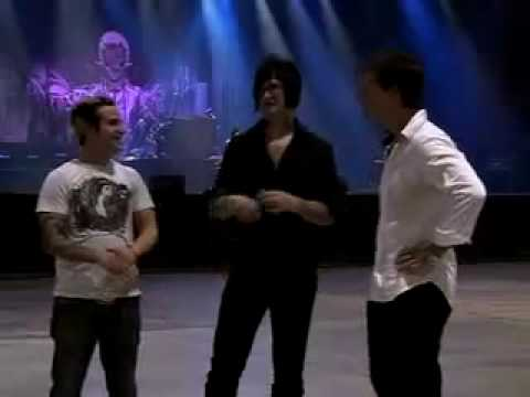 Avenged Sevenfold - Asia Uncut, The Rev and Johnny Christ