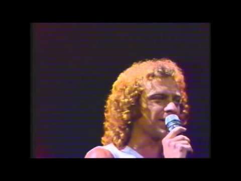 Foreigner - Waiting For a Girl Like You (Live in Dortmund Germany 1981)