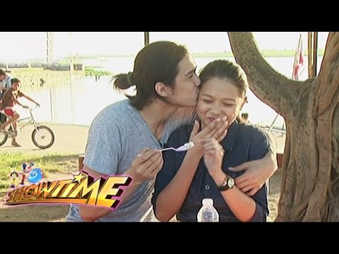 It's Showtime: ToMiho visits Mommy Mercedes' hometown