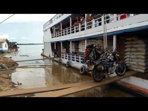 Valéria Solitária do Asfalto - Embarque da motocicleta no barco Rondonia/Manaus...