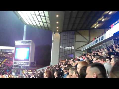 Manchester united chants , viera song, ewood park